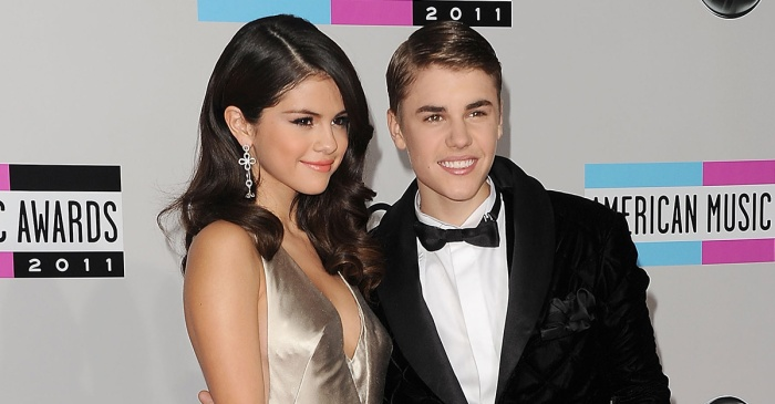 Selena Gomez and Justin Bieber were spotted hanging out again, and fans are divided