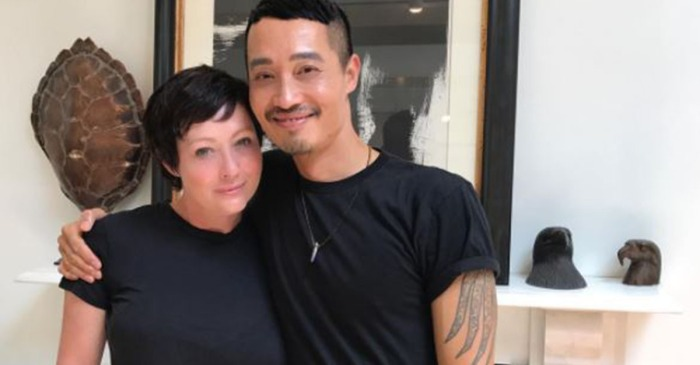 Shannen Doherty shows off her chic new haircut as her hair grows back following chemotherapy treatments