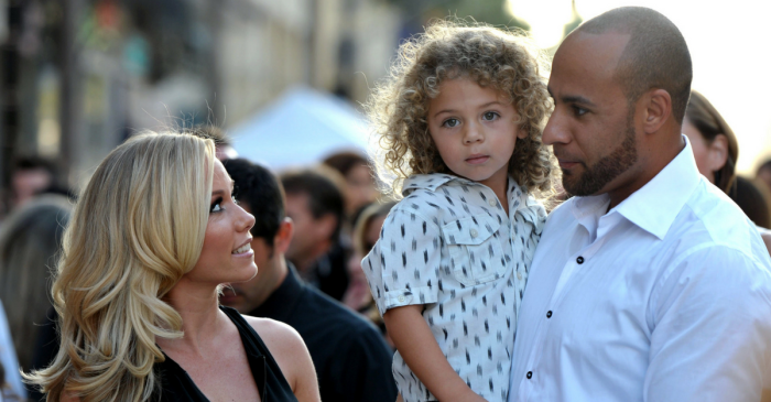 Kendra Wilkinson Baskett's son broke her heart describing what it's like when she's away