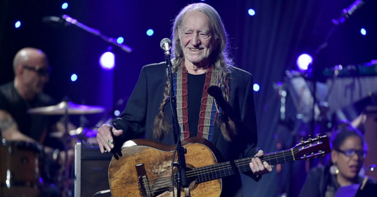 Another day, another death-hoax rumor about Willie Nelson