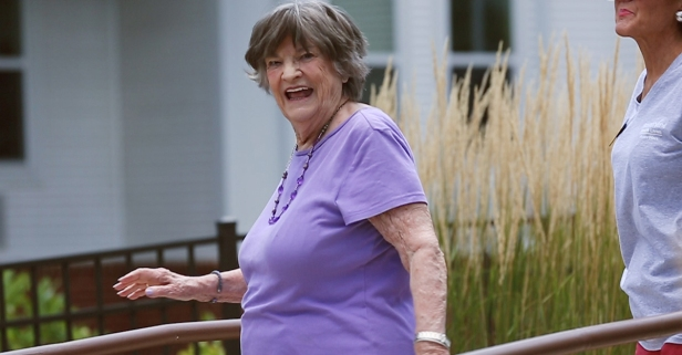 A little dance lesson: Learning the foxtrot from an 88-year-old instructor