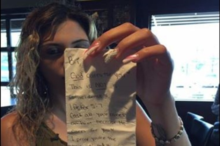 Customers who spent $20 gave their waitress an envelope to open later, and she nearly collapsed when she did