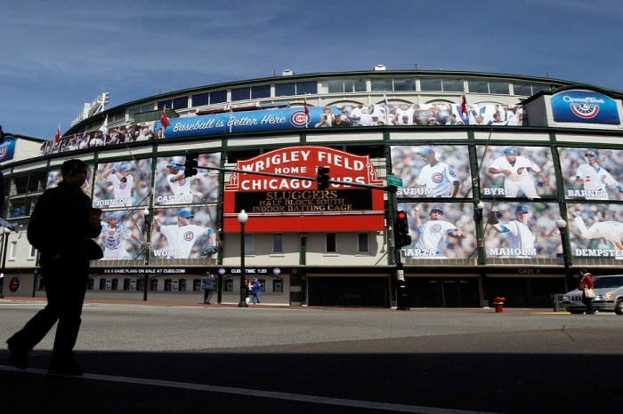 Claims that Wrigley Field overlooked wheelchair access, causes lawsuit