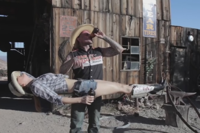 "Meet the ""Redneck Magician"" who likes to chug beers and levitate chicks"