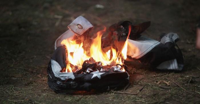 Huge settlement reached after flag-burning arrest lawsuit