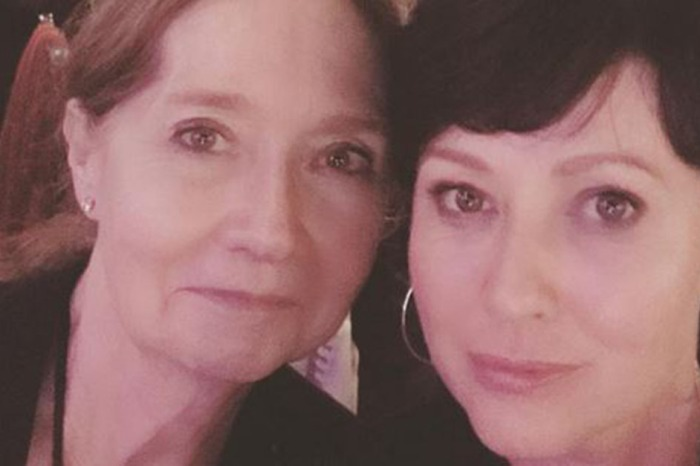 Shannen Doherty and her mom stun at a cancer benefit in honor of the late Farrah Fawcett