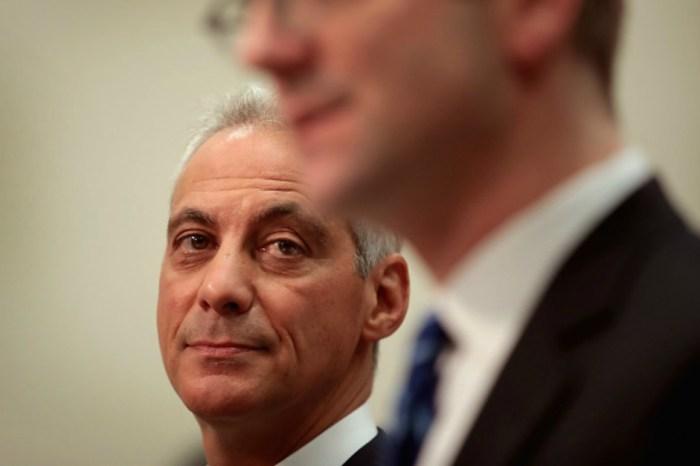 Mayor Emanuel speaks out on reprimanding Chicago police officers