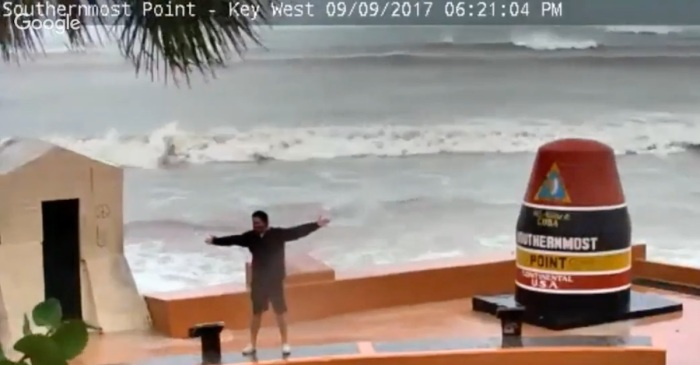 Is there anything dumber than taking selfies as Hurricane Irma approaches? Yes, it happened