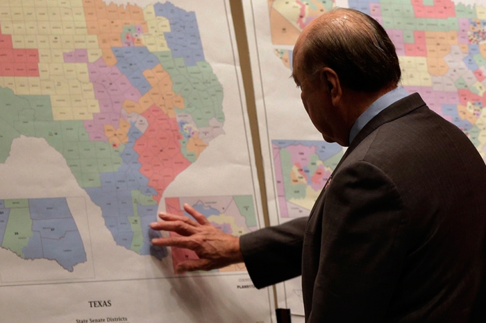 How will the delay in court-ordered redistricting impact the 2018 Texas primaries?