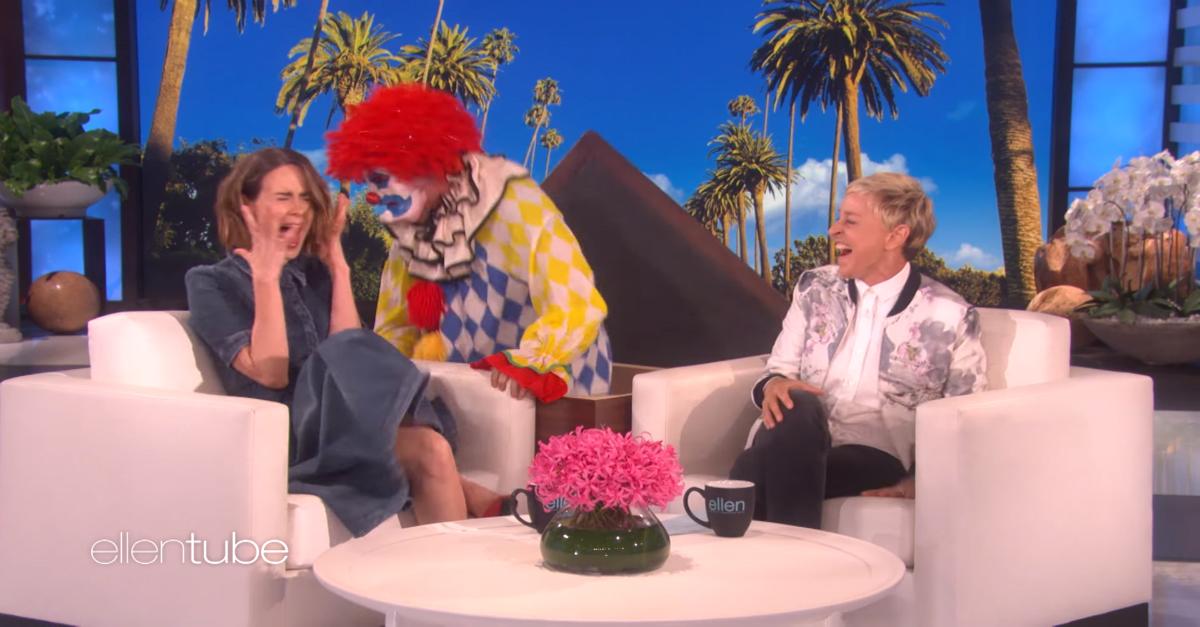 "Flashback to When Ellen Scare-Pranks ""American Horror Story"" Star Sarah Paulson"