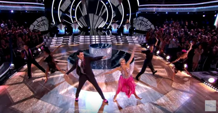 """Property Brother"" Drew Scott danced through the pain on ""DWTS,"" despite his injury"
