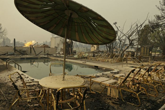 Northern California is completely transformed by wildfires in these new photos