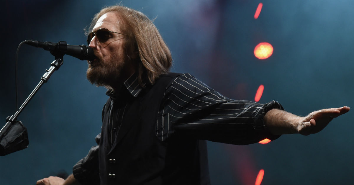 Tom Petty rushed to the hospital after he was found unconscious