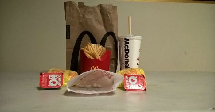 Big Mac and a side of crack: McDonald's manager sold drugs on the job, police say