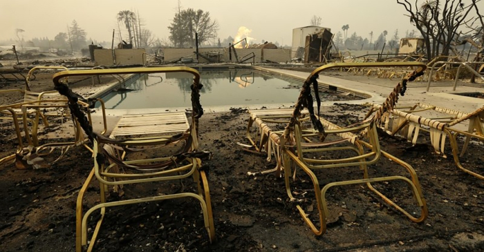 "California wildfire devastates trailer park ""in the blink of an eye"""