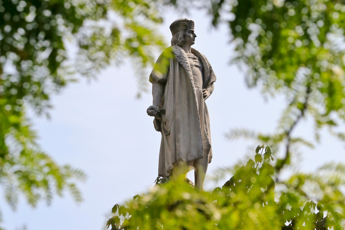 Chicago man arrested after vandalizing Christopher Columbus statue in Arrigo Park
