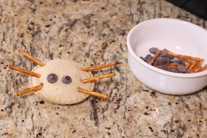 Oh no, you forgot Halloween! Don't worry — these PB+J pretzel spiders can be made at the last minute
