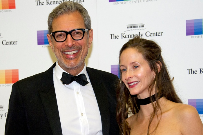 Jeff Goldblum's first date with his contortionist wife is just as odd as you'd expect