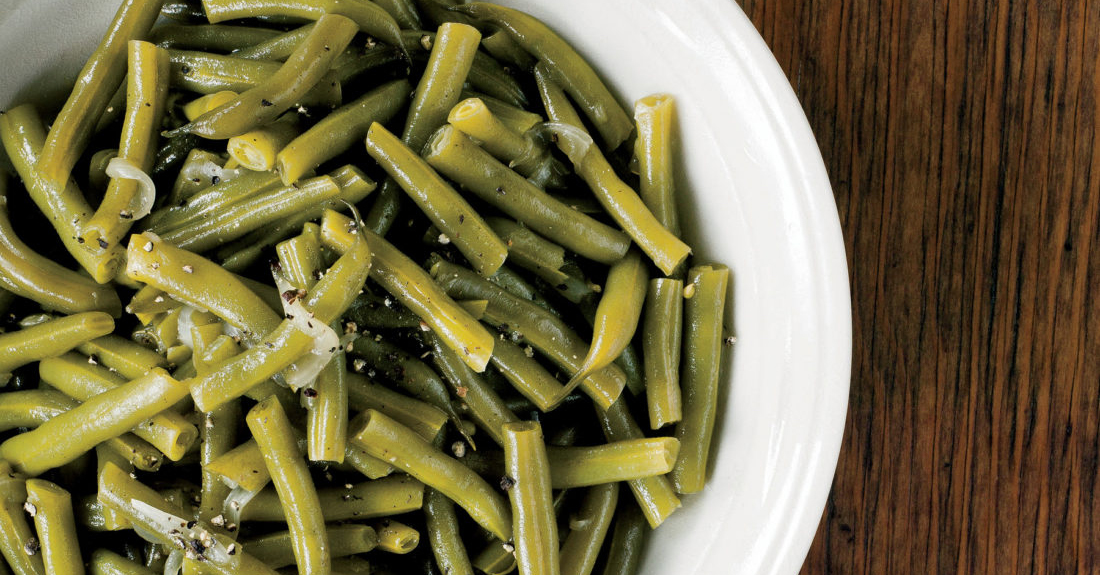 If you need a perfect holiday side dish, look no further than these Southern smothered country green beans