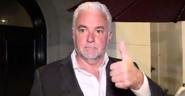"""""""Seinfeld"""" star gives thumbs-up to Mike Pence for leaving NFL game after player protests"""