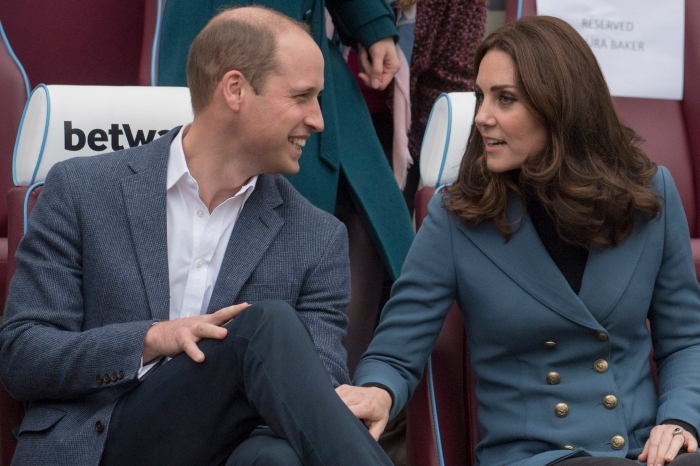 Kate Middleton in jeggings? The pregnant duchess: She's just like us!