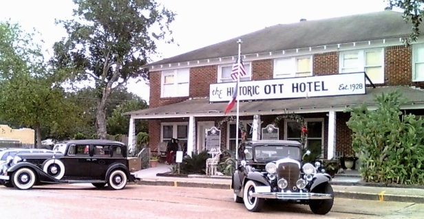This Haunted Hotel In Texas Is A Unique Historical Site