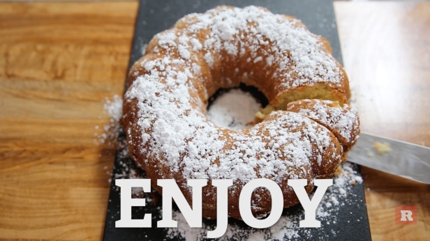 Let's Make | Delicious, quick, and easy apple cake recipe just in time for the holidays