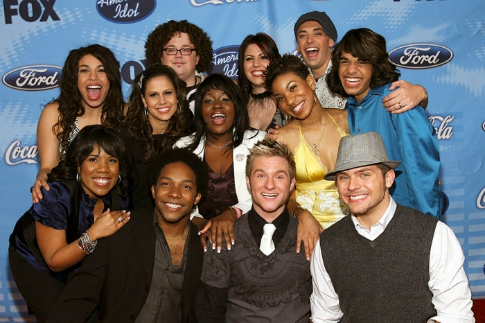 """An """"American Idol"""" fan-favorite shocked fans with news of a surprise wedding, and that's only half of it"""