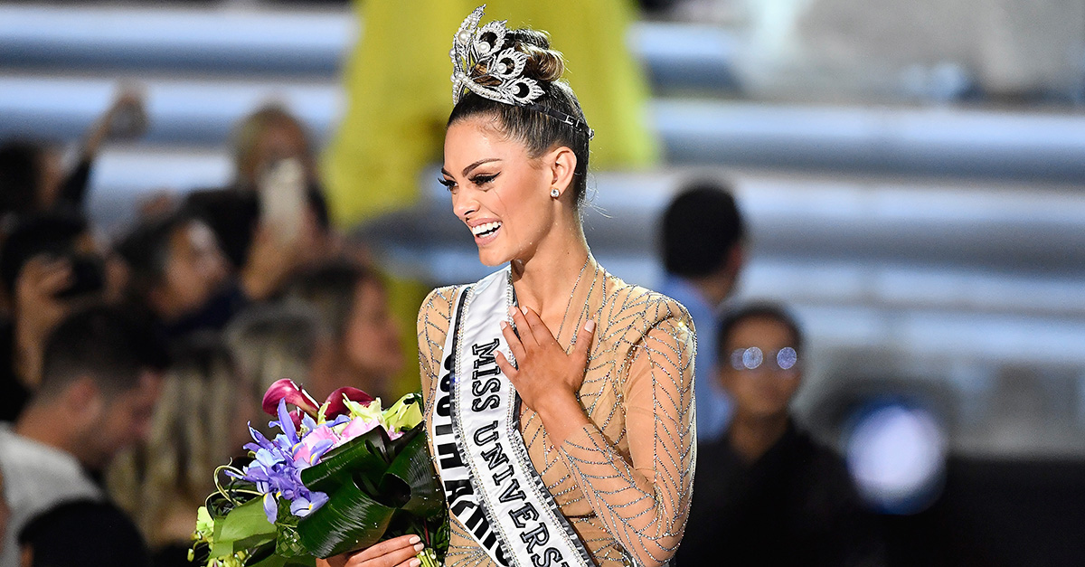 After a scary robbery at gunpoint, Miss South Africa went on to be crowned Miss Universe