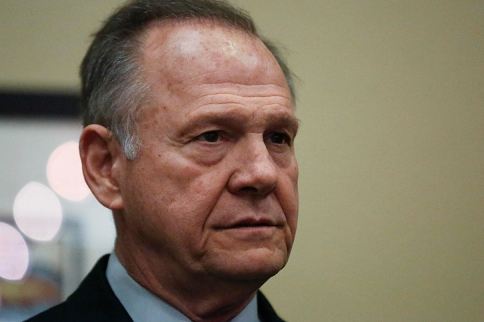 Alabamians who lived in same town as Roy Moore went on record to talk about the last 30 years