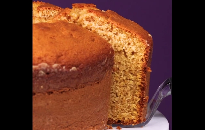 If you love fall flavors, you've got to try this sweet potato pound cake