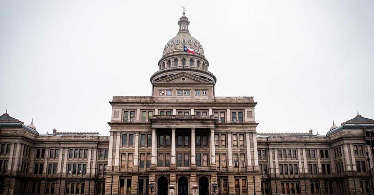 "Sexual harassment in the Texas statehouse ""regularly goes unchecked"""
