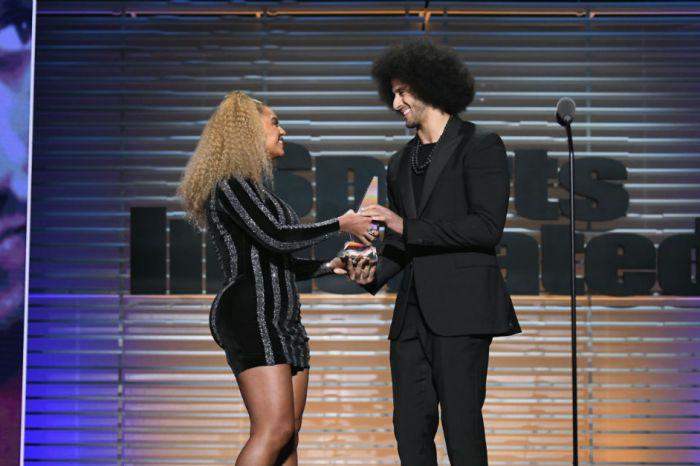 "Beyoncé gave Colin Kaepernick a ""legacy"" award last night, and Tomi Lahren wasn't having it"