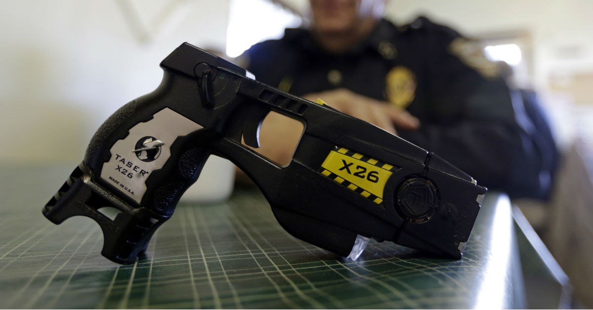 New Taser policies for Chicago Police Department draws criticism from both sides