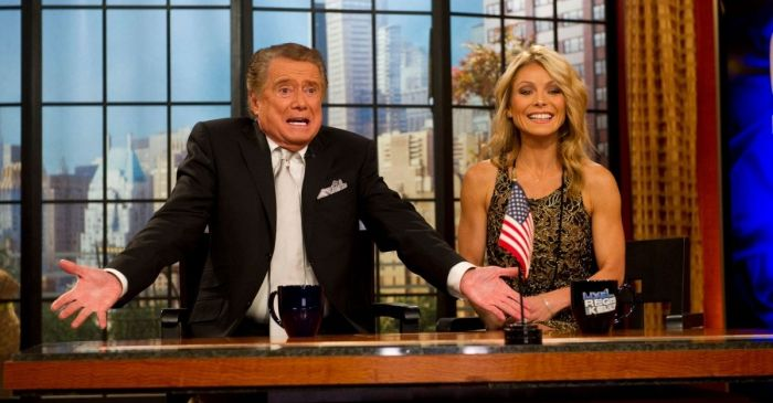 "Kelly Ripa Said Late Former Co-Host Regis Philbin Had a Strict ""No Talking Off-Camera"" Rule on ""Live!"""