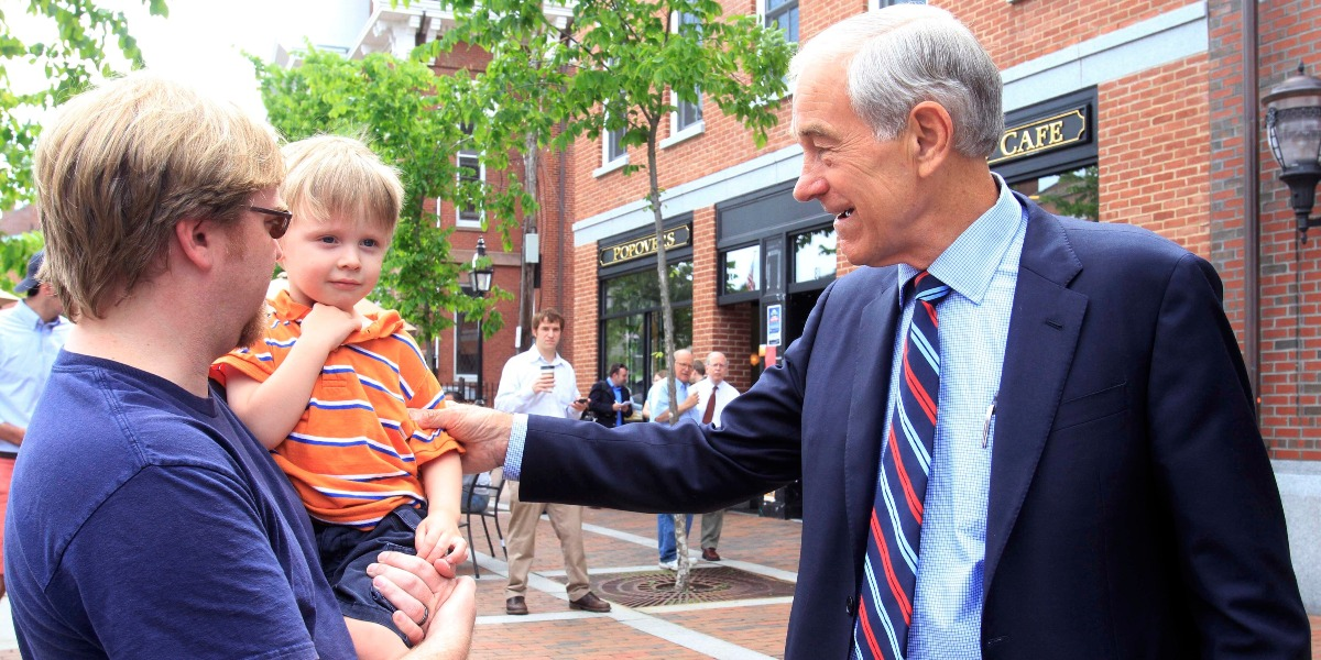 "Ron Paul says a popular libertarian candidate challenging Donald Trump in 2020 is ""very possible"""