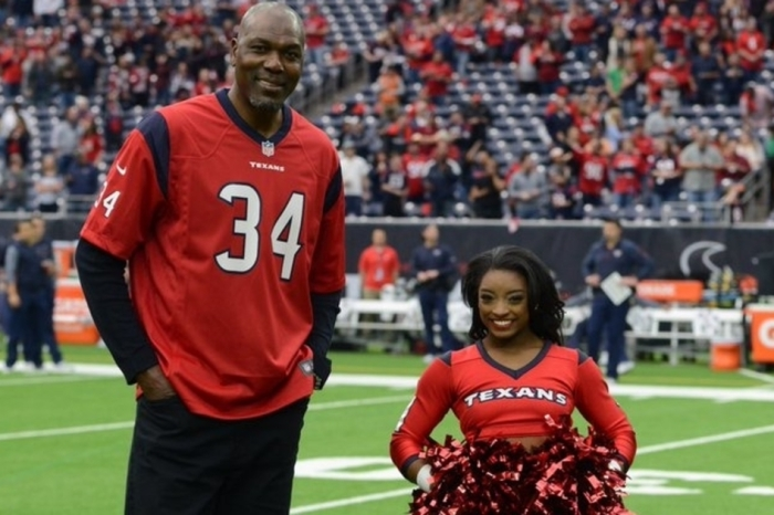 Houston Texans honor two hometown legends and their picture is priceless