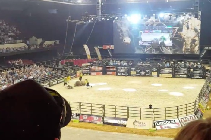 A bull who had enough of his rider and threw him suffered a leg injury that'll make you cringe