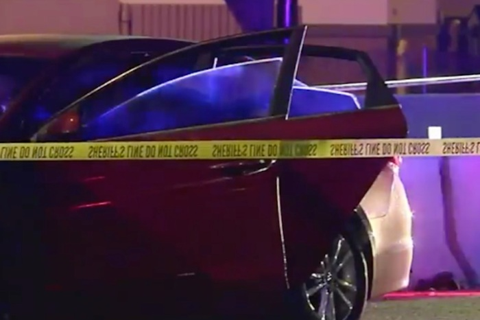 A wild shootout between people in two cars occurred early Sunday in Florida, but it didn't stop there