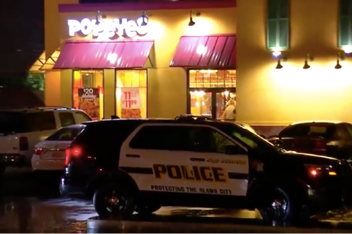 Hero dad quickly takes out a failed robber who threatened his kids while they were out to dinner