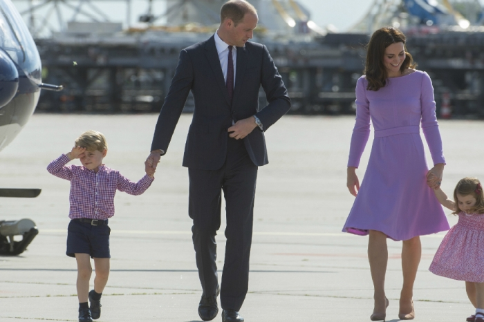 Here's what Prince George and Princess Charlotte are getting from Santa this Christmas