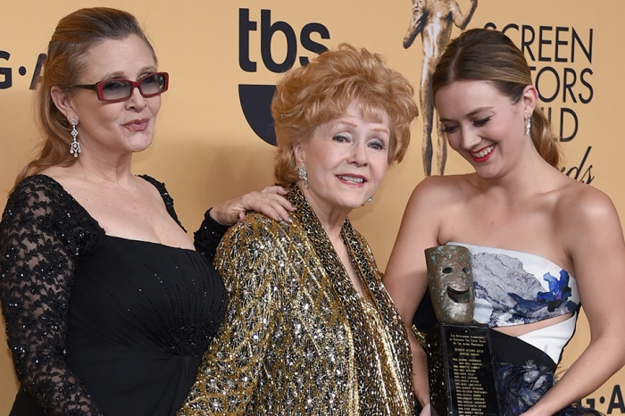 Billie Lourd shares a tribute to her mother and grandmother one year after their deaths
