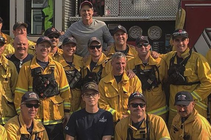 Good guy Rob Lowe jumped right in to fight the California wildfires alongside the fearless firefighters