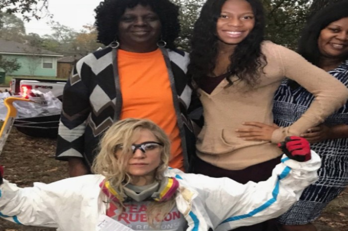 Lady Gaga lent a helping hand to a Harvey survivor before her concert last night in Houston