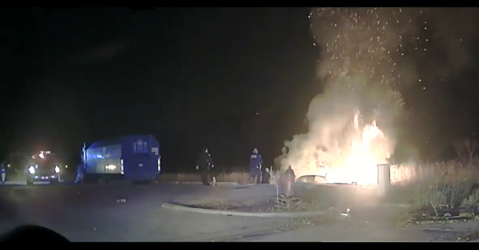 Video: Heroic police officers rescue driver from burning car in Aurora suburb