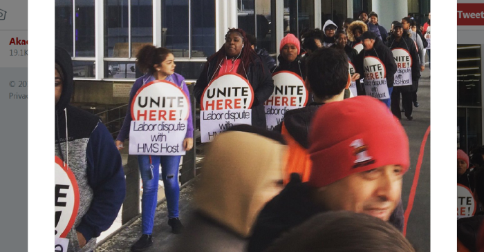 Restaurant workers at O'Hare strike on one of the busiest travel days of the year