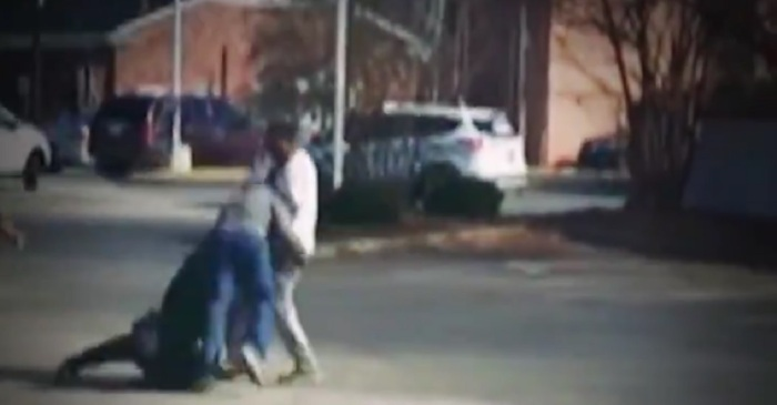 Good Samaritan Sees Female Police Officer Losing Fight with Perp, Jumps In and Lays a Smackdown