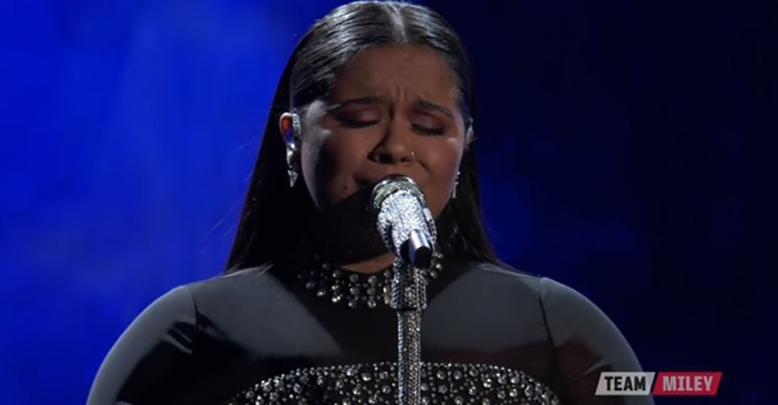 """The Voice"" singer's gorgeous rendition of ""Amazing Grace"" will have you cheering on your feet"