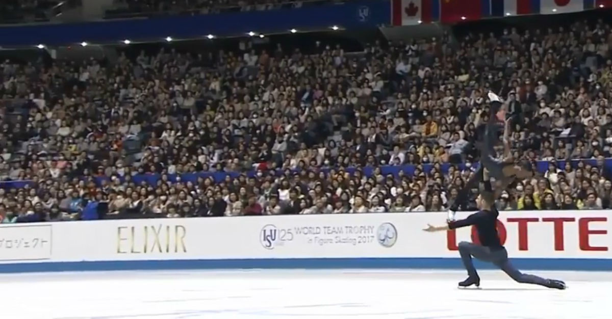 "These beautiful figure skaters perform to a haunting version of ""Sound of Silence"" and it's giving us chills"