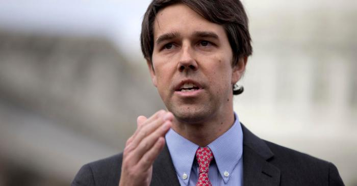 Senate hopeful Beto O'Rourke speaks to the Texans living right on the Mexican border